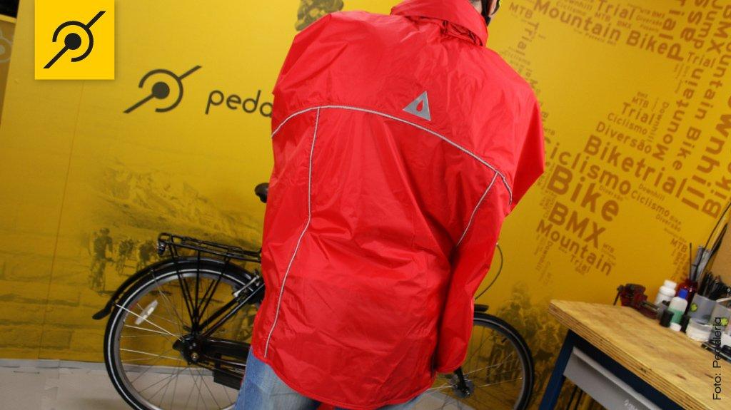 Capa de chuva para ciclistas   PedaleriaPedaleria 17c1d0d724