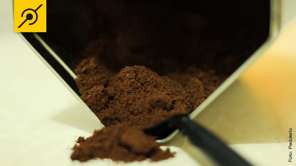 Café. A quantidade de cafeína depende do modo de preparo.