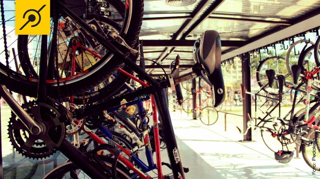 Bicicletário Largo da Batata - Pinheiros - São Paulo