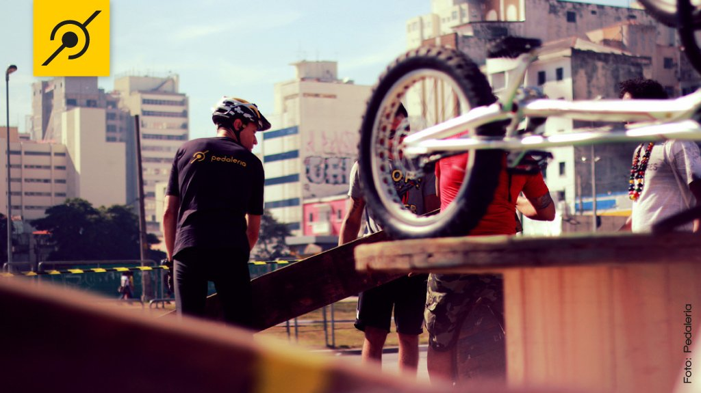 Edu Capivara e o Biketrial no Largo da Batata