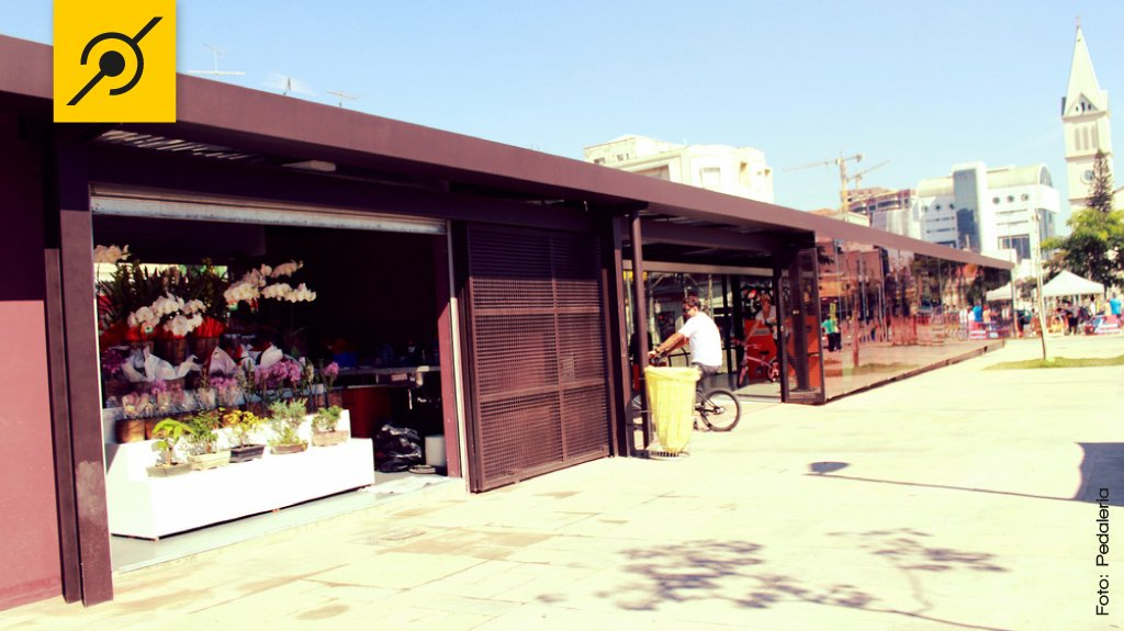 img-bicicletario-largo-batata-por-fora-flores