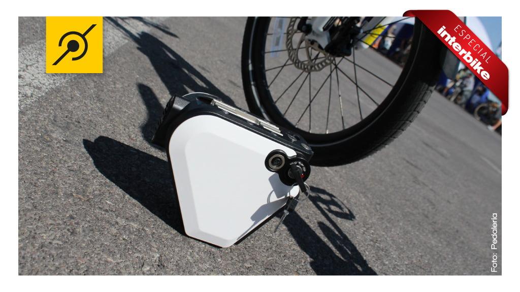 Interbike 2014 - Bateria pequena e potente. Pode ser removida.