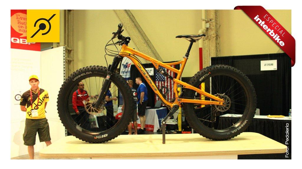 Fat bike full suspension e de carbono