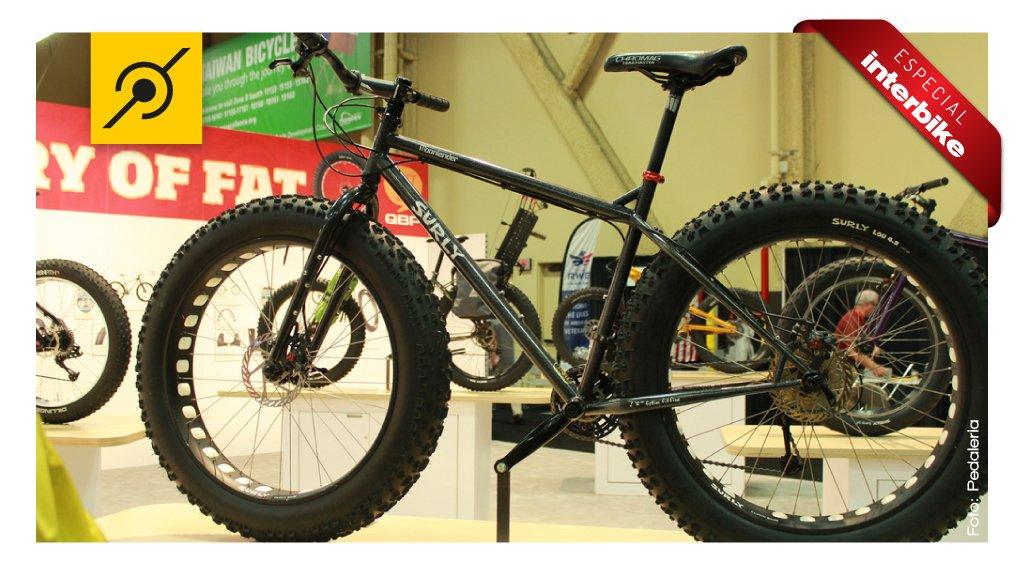 Fat bike da Surly com freios a disco