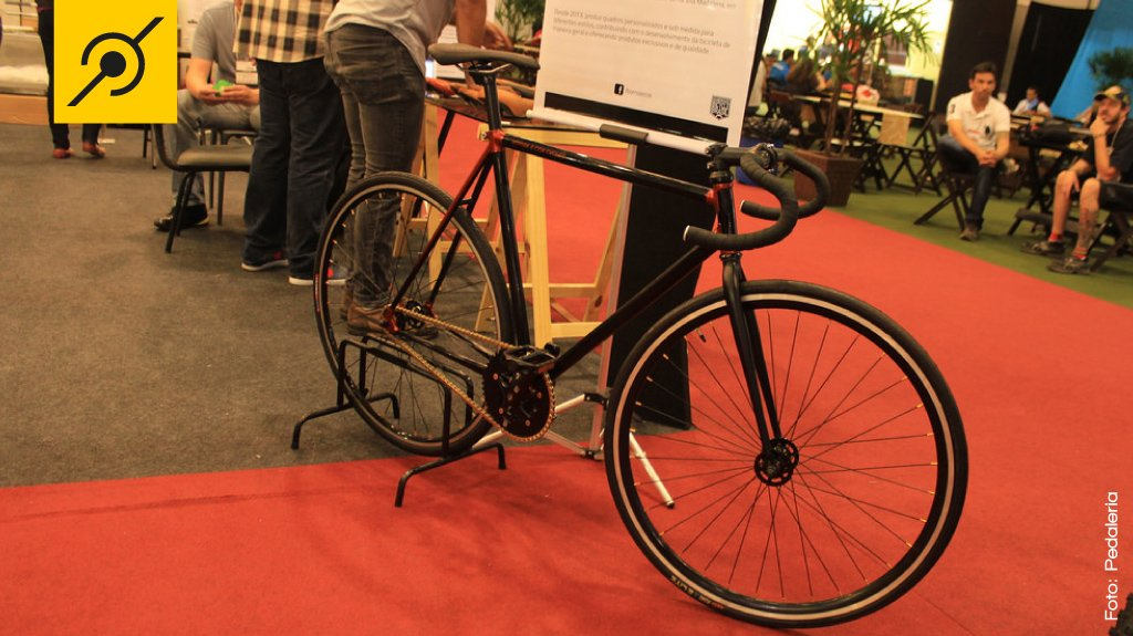 img-brazil-cycle-fair-borniaecox-bike-preta