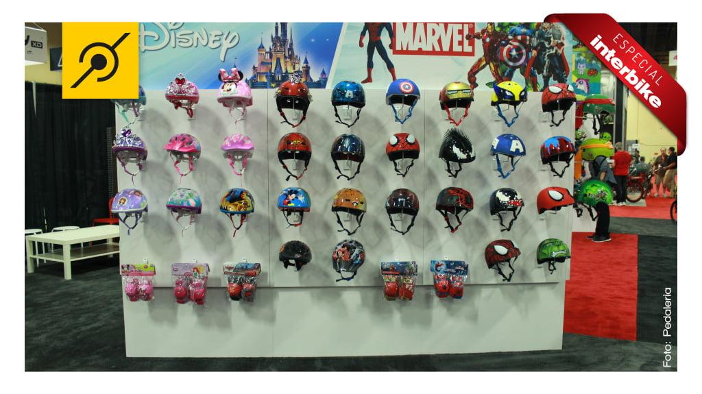 pedaleria na interbike 2014 - capacetes infantis