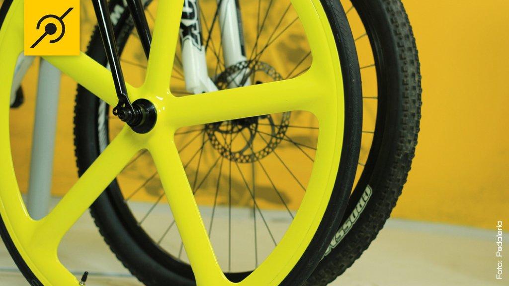 Comparação pneu mtb e road bike