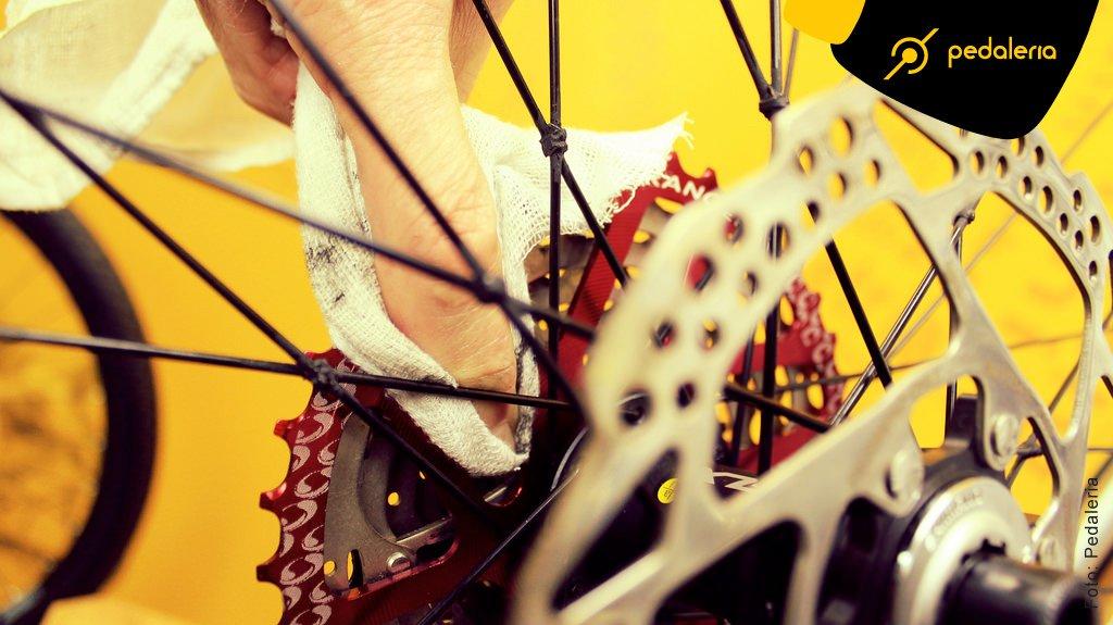 img_Acidentes_Limpando_a_Bike_05